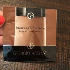 3 FOR $20 Giorgio Armani Luminous Silk 14